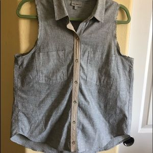 The Odells Woman's M top Anthropology Grey/White